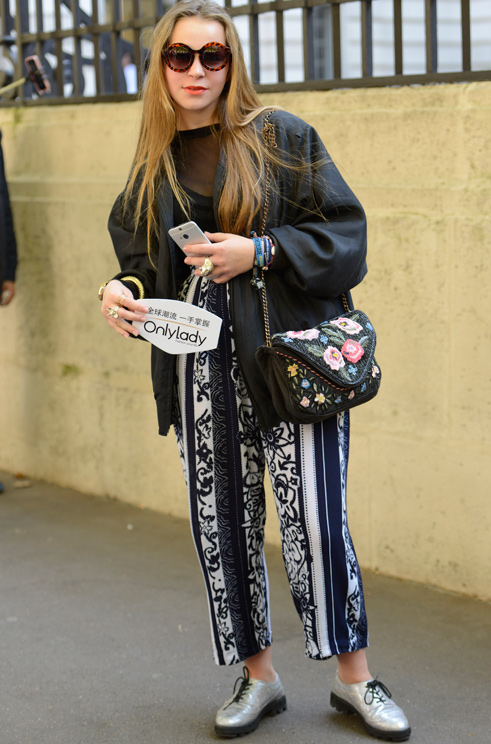 信步巴黎 全方位时尚涌上街头