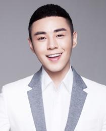 张瀚一  亚洲著名美妆师