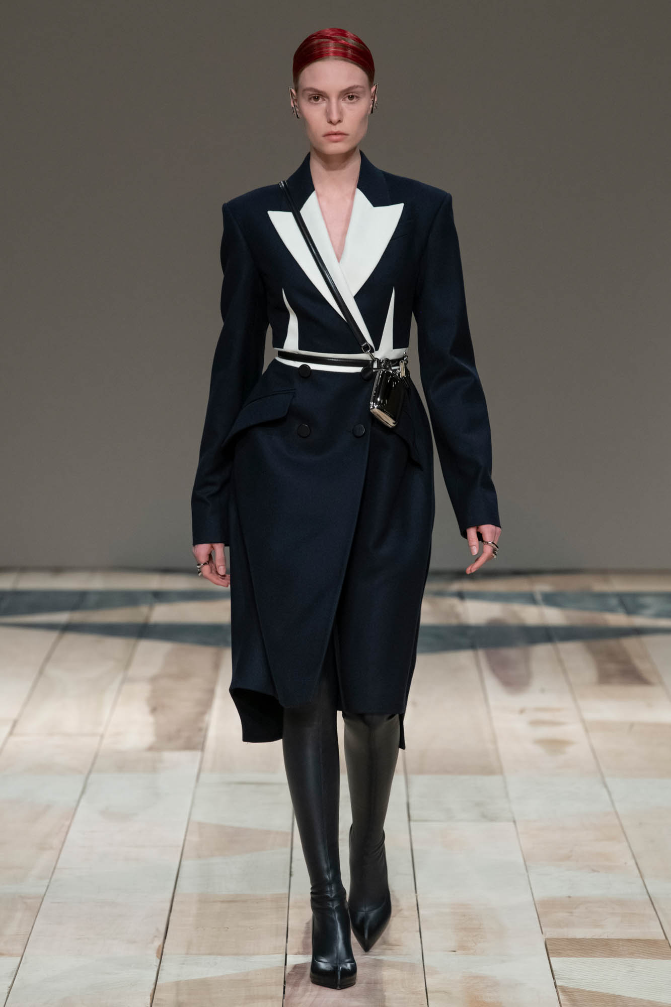 Alexander McQueen 2020秋冬女装系列:一封情书