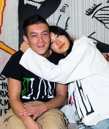 秦舒培如何让陈冠希变成了顶级定心男友!